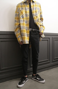 Yellow Boxfit Check Flannel Shirts<br>여유있는 핏감, 옐로우톤의 체크패턴<br>박시한 핏감의 플란넬 셔츠