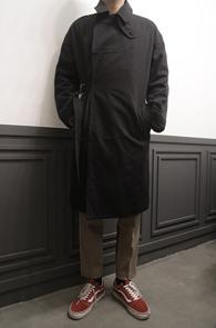 2 Color Over Fit Coat<br>블랙과 베이지 두가지컬러<br>두께감있는 코튼소재의 코트
