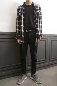 Black Check Destroyed Shirts<br>블랙앤화이트 배색의 체크디자인<br>디스트로이드 디테일의 셔츠