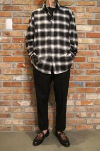 2 Color Check Wool Shirts<br>레드패턴과 블랙패턴 두가지<br>울소재의 베이직한 체크셔츠
