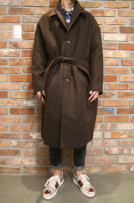 Brown Semi Over Fit Single Belt Coat <br>브라운컬러, 세미 오버핏<br>벨트디테일의 싱글코트