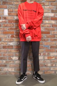 Red Printing Shirring MTM<BR>레드컬러의 셔링 디테일<BR>프린팅 디테일의 맨투맨