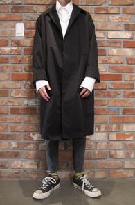 2 Color Cotton Long Coat<Br>블랙과 베이지 두가지 컬러<br>베이직한 디자인의 맥코트