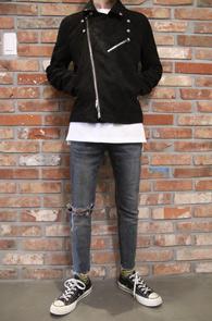 Black Suede Rider Jacket<Br>블랙컬러의 스웨이드 소재<br>페이크 스웨이드 소재의 라이더자켓
