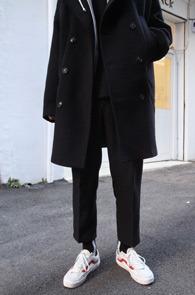 Black Crop Slacks Pant<br>9부 기장감, 베이직한 디자인<br>깔끔한 디자인의 9부 슬랙스