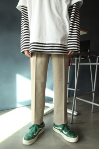 Beige Spring Slacks Pants<br>베이직한 디자인, 베이지컬러<br>봄철 착용하기 좋은 기본 슬랙스