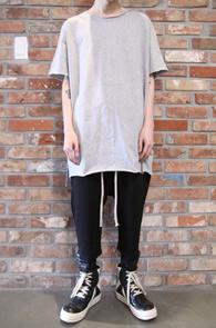 Gray Cutting Long Half-T-Shirts<br>그레이컬러, 코튼소재<br>롱한 기장감의 반팔 티셔츠