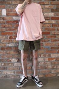 2 Color Pocket Box Fit T-Shirts<br>민트컬러와 핑크 두가지 컬러<br>박시한 핏감으로 제작된 기본티셔츠