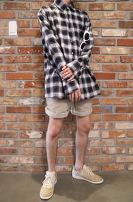 Navy Check Flannel Shirts<br>네이비 화이트 배색 체크 디자인<br>두툼한 소재감의 체크 셔츠