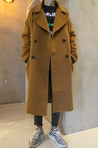 Camel Over Fit Double Long Coat<br>카멜컬러,울 아크릴 혼방소재<br>박시한 느낌의 롱 더블코트